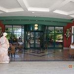 Eingang Hotel 02