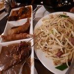 Combi gerecht met Saté, Babi Pangang en Garnaal