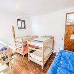 Habitacion compartida 8 camas