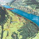 kort over hele bjerget og de mange ruter