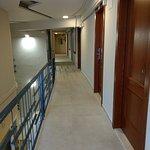 coursive d'accès aux chambres