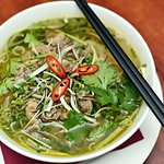 Pho sot vang: Soup rice noodle with beef slow-cooked in red wine