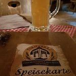 Bierchen und Speisekarte