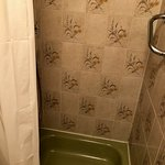 3rd Floor Double Room Shower