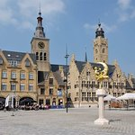 Fotografie: City Hall and Belfry