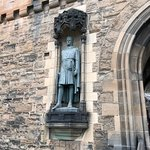 Robert the Bruce greets you as you enter the castle