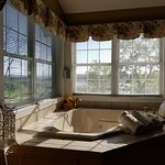 Whirlpool tub overlooking the Mississippi River