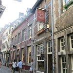 De voorgevel van het Kleinste café van Nederland