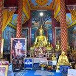 5礼拝堂の仏像