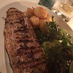 Lonja de Robalo a la parrilla con papas al romero y ensalada de berros...Just perfect!!