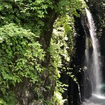 高千穂峡の大自然を散策していると、ストレスや気になってる仕事の事なんて一時期忘れてしまいますよ!滝の回りをボートレンタルもできます☆