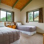 Longbourne Lodge Country Motel
