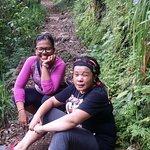 Perjalanan treking ke desa
