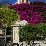 E' semplice raggiungere le meravigliose chiese su e giù per la città senza fatica con le e-bike!