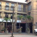 Mango Condominiums Foto