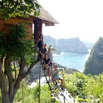 Nusa Penida Island Tour visiting melonteng house - atuh beach - Kelingking Beach - Angel Bilabon