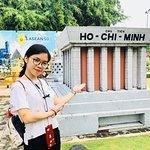 mini Uncle's Ho Mausoleum