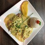 Hühnerbrustfilet in Mango-Curry-Kokos-Soße mit Reis