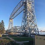 Aerial Lift Bridge resmi