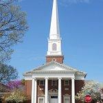 Fayetteville Downtown Square & Gardens resmi