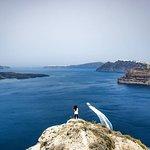 Tra Thira e Megalochori vi è un sentiero nascosto ove è possibile ammirare a 360° Santorini.