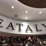 Eataly Downtown ภาพถ่าย