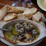 Foto de Snappers Oceanfront Restaurant & Bar