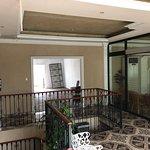 Sehr zentral gelegenes typisch mexikanisches Hotel, mit knapp 22€ pro Zimmer, bietet es eine gut