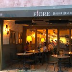 Foto de Fiore Pizzeri Italian Restaurant