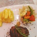 Champagne Steak House照片