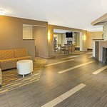Foto de Hawthorn Suites by Wyndham Cincinnati