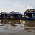 other floating houses