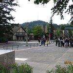 Facing Zoo entrance.