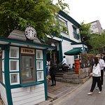 ภาพถ่ายของ Starbucks Kobe Kitano Ijinkan