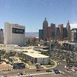 OYO Las Vegas Hotel and Casino Photo