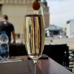 Foto van Loza Restaurant & Drink Bar (Main Square)