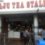 Front Facade: Raju Tea Stall Bhopal