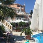 写真Hotel Gerakas Belvedere Luxury Suites枚