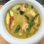 Ausgezeichnete Thai-Küche leider mit langen Wartezeiten (obwohl es mittags nur 2 Menüs gibt)