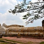 Photo of Temple of the Reclining Buddha (Wat Lokayasutharam)