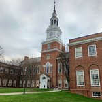 Dartmouth College resmi