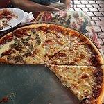 Angelina's Pizzeria照片