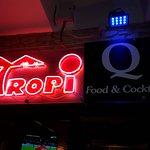 Tropi Q Food and Cocktails