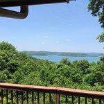 Foto de Lake Shore Cabins on Beaver Lake