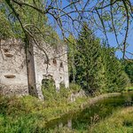 Äußere Wassergraben der Ruine Painburg