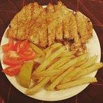 "greek traditional tavern ""SKAROS"""