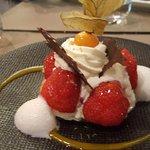 Sablé de fraises fraîches et chantilly