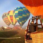 写真Goldrush Ballooning King Valley枚
