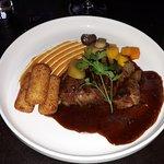 Kalfsvlees - groenten & fruit - aardappelkroketjes
