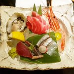 Starter (oyster, fresh shrimp, tuna, white fish)